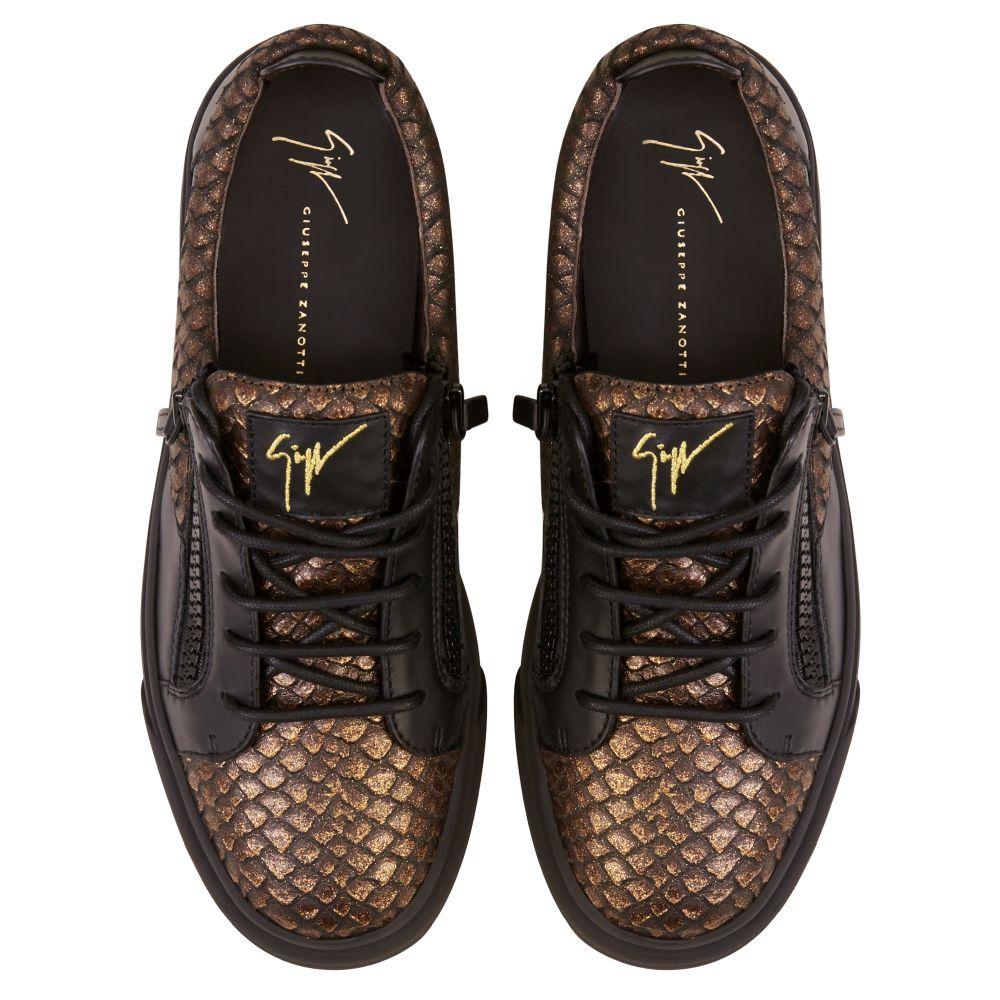 FRANKIE - Bronze - Low top sneakers