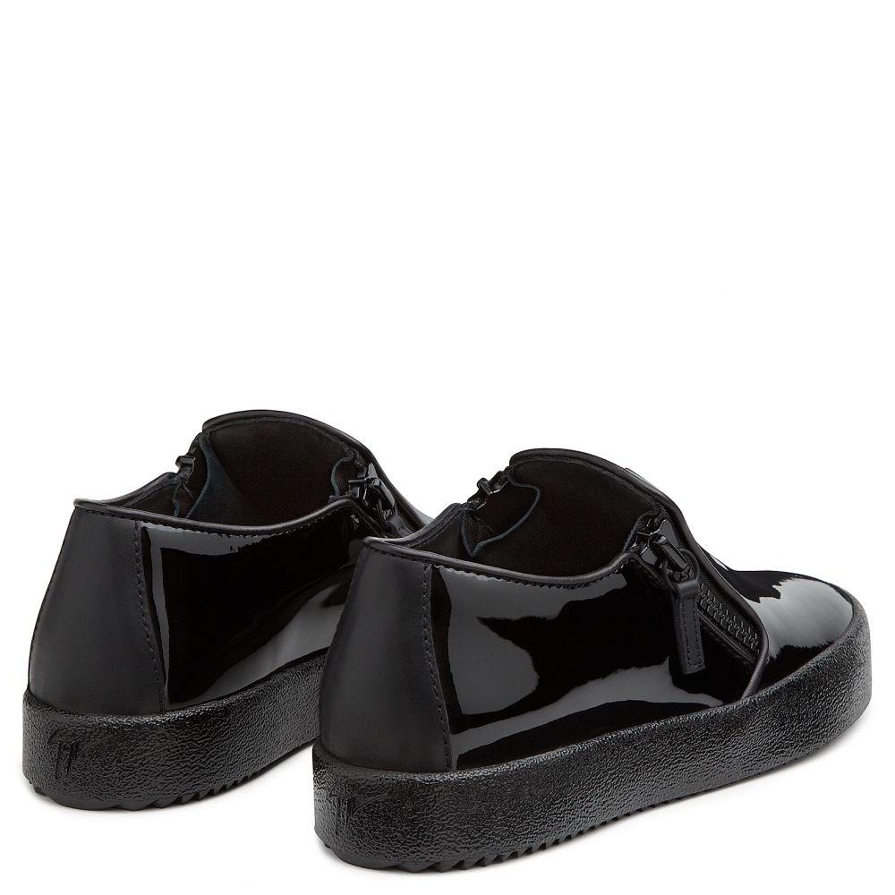 LUIS - Black - Low top sneakers