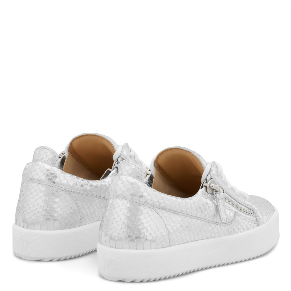 GAIL - Silver - Low top sneakers