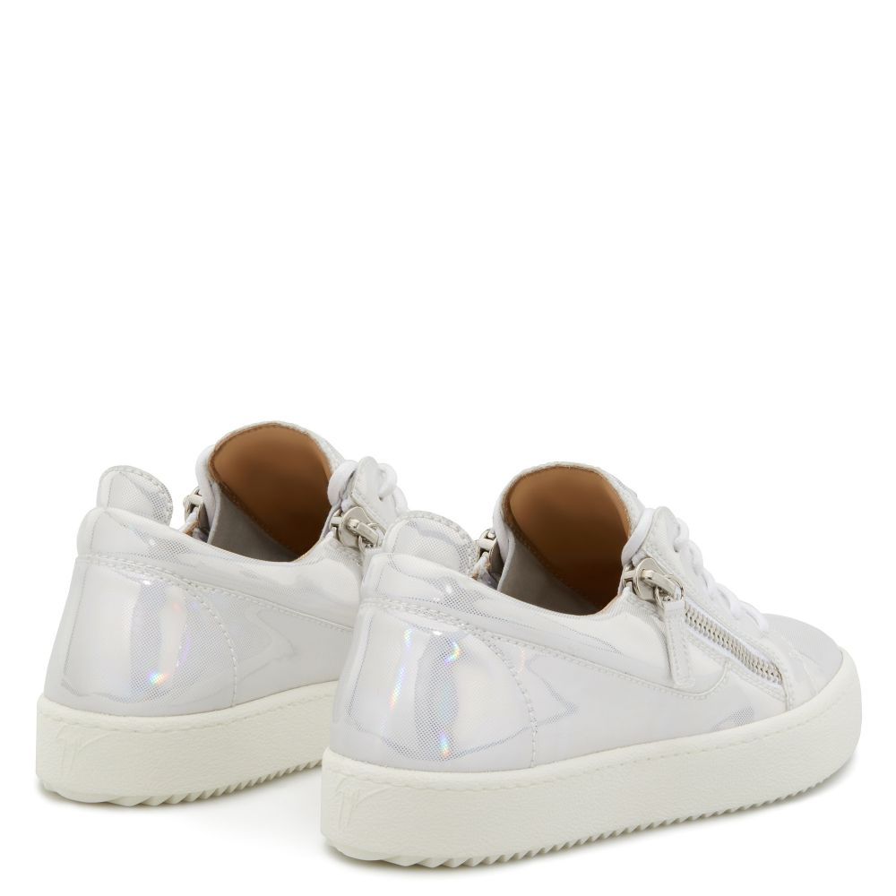 GAIL - Silver - Low top sneakers