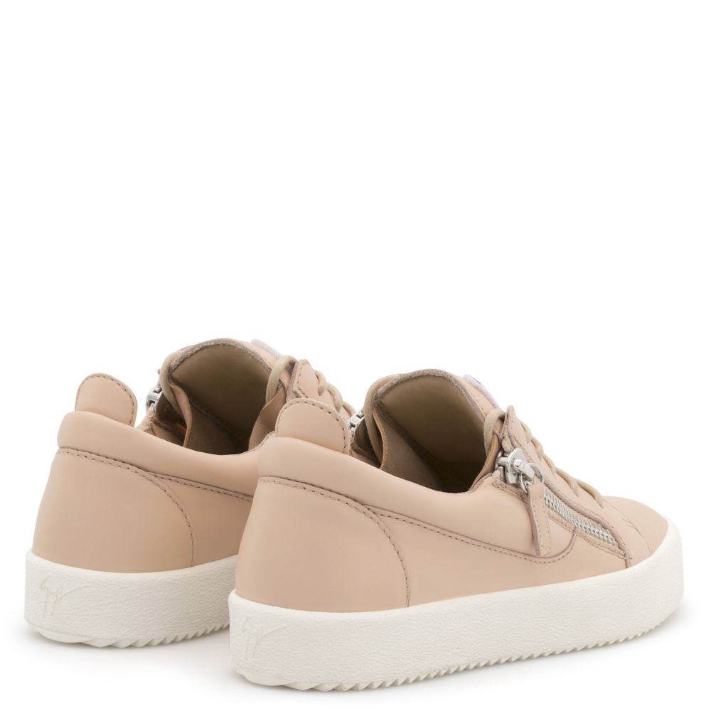 GAIL - Pink - Low top sneakers