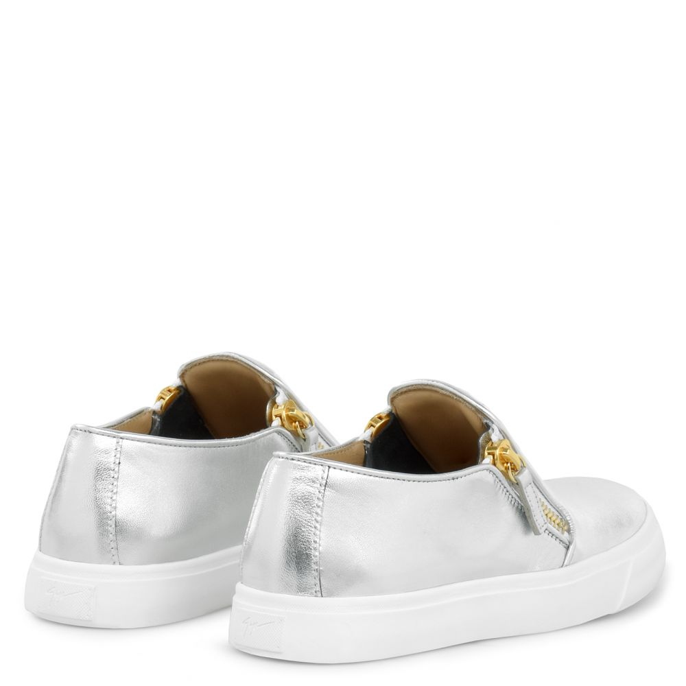 EVE - Silver - Slip ons