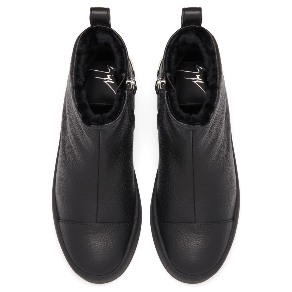 TRACY STEEL - Black - High top sneakers