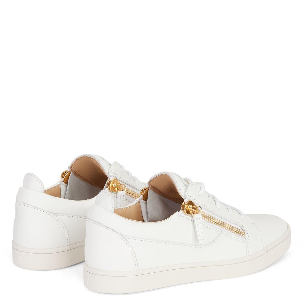 NICKI - White - Low top sneakers