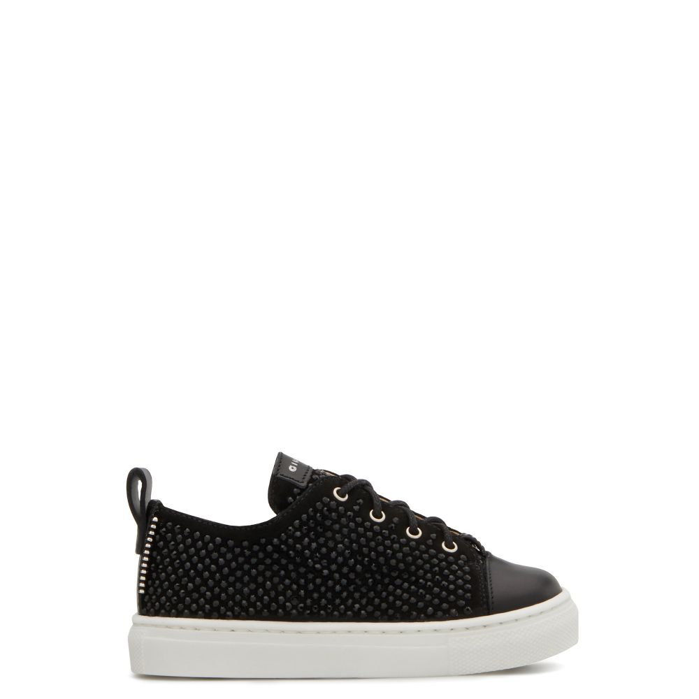PYIN - Black - Low top sneakers