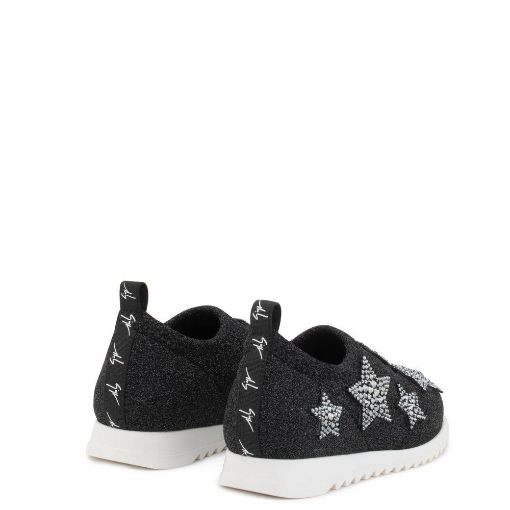 ALENA STAR JR. - Black - Low top sneakers