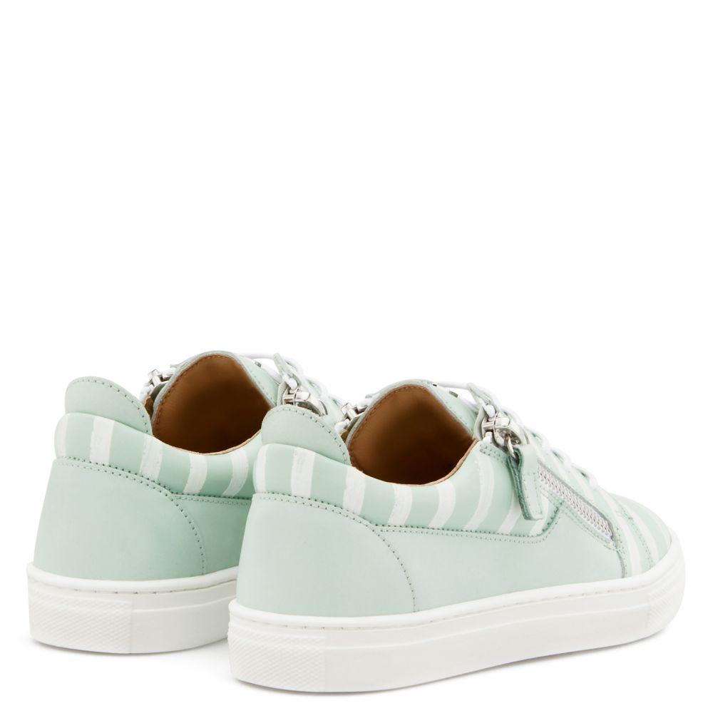 FRANKIE GLOSS JR. - Green - Low top sneakers